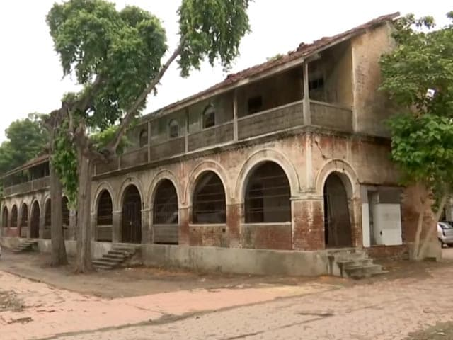 Video : 150-Year-Old Heritage School In Ahmedabad To Be Restored