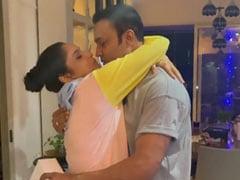 Ankita Lokhande ने बॉयफ्रेंड विक्की जैन को दिया यह सरप्राइज गिफ्ट, शेयर किया B'Day का खूबसूरत Video