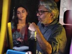 """25 Years Of The Magician And His Magic,"" Writes Alia Bhatt For Sanjay Leela Bhansali"