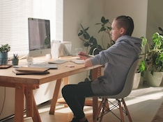 Top 5 Productivity Apps To Ace Work From Home & Online Classes