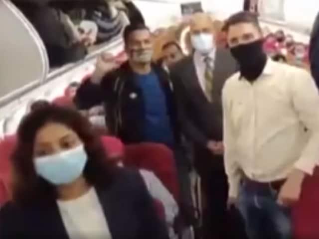 Video : Passengers Evacuated From Afghanistan Chant <i>'Jo Bole So Nihal, Sat Sri Akal'</i> On Flight