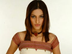 """Shruti Haasan's Throwback To Her """"First Ever Modelling Gig"""" At 17. Read Her Caption"""