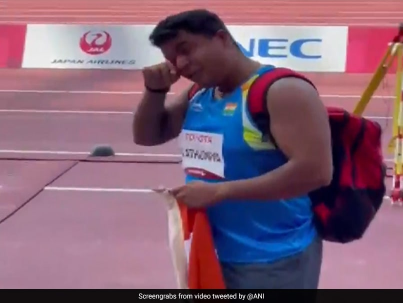 Teary-Eyed Yogesh Kathuniya Thanks Mother After Tokyo Paralympics Silver In Discus (F56)