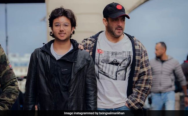 Viral Pic: Salman Khan And Nephew Nirvan's Unparalleled Swag On The Streets Of Russia