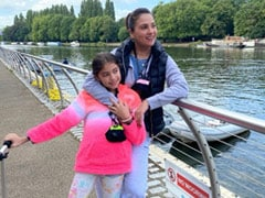 """Lara Dutta's Vacation Essentials Include Daughter Saira And """"The Photographer."""" Guess Who"""