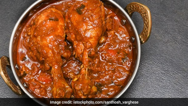 Kerala Style Spicy Chicken: This Lip-Smacking Dish Screams Indulgence