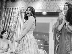 """More Pics From Khushi, Anshula And Shanaya Kapoor's """"FamJam"""" At Antara Motiwala Marwah's Baby Shower"""