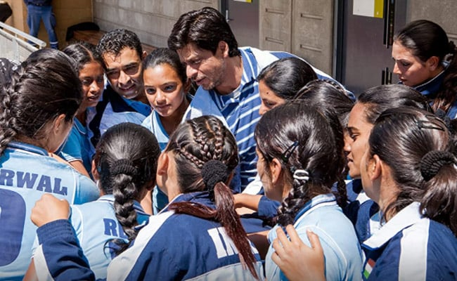 Vidya Malavade Reveals Chak De! India Co-Stars Crushed On Shah Rukh Khan, Called Him 'Papa Bear'