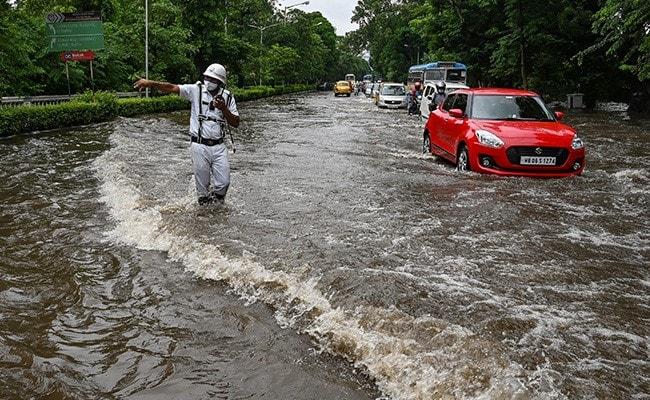 Watch: Heavy Rains In West Bengal, Parts Of Kolkata Waterlogged