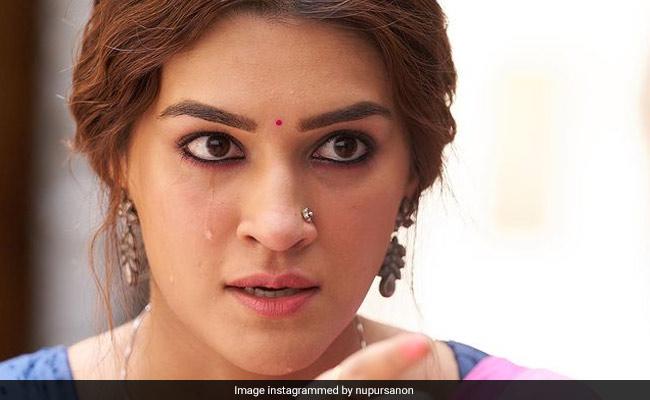 'You've Made Sure That Nobody Ever Calls Kriti Sanon Just A Pretty Face': Sister Nupur Sanon On Mimi