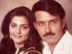 """Pinkie Roshan's Throwback To When Husband Rakesh Roshan """"Used To Carry A Comb."""" See His ROFL Comment"""
