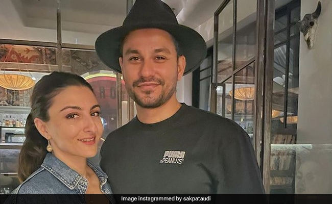 Inside Soha Ali Khan And Kunal Kemmu's Date Night
