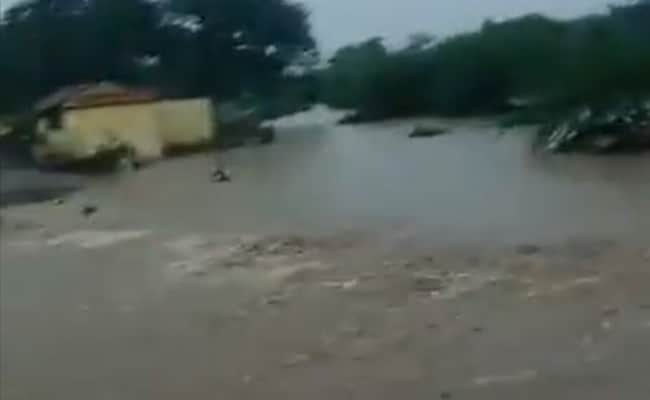 77 People Rescued From Two Flooded Maharashtra Villages