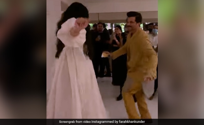 Just Anil Kapoor And Daughter Rhea Dancing Like No One's Watching At Her Reception