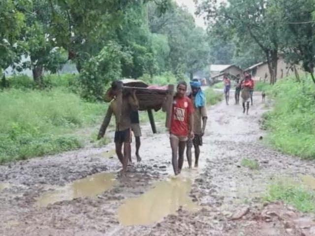 Video : MP: Poor Roads & Crumbling Health Infrastructure