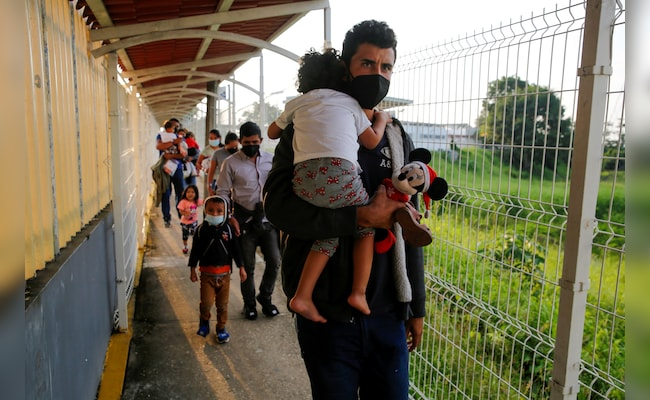 US Supreme Court Revives 'Remain In Mexico' Immigration Policy