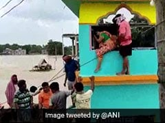 15 Dead, 3 Lakh Displaced As Heavy Rain, Water Discharged From Dams Flood Bengal