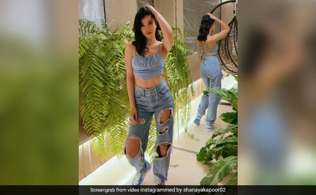 Suhana Khan Is All Hearts For These Videos Of Shanaya Kapoor. See Here