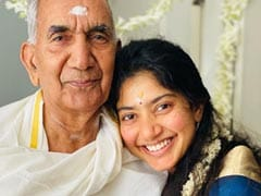"""The Internet Loves <I>Maari 2</i> Actress Sai Pallavi's """"Natural Beauty"""" In Pictures With Her Grandparents"""