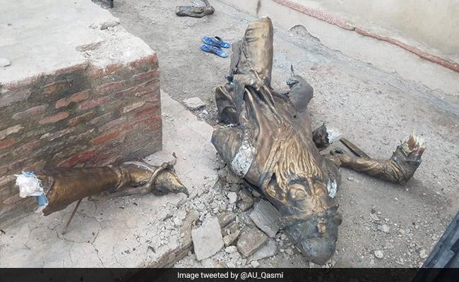 Statue of Maharaja Ranjit Singh destroyed in Pakistan: file