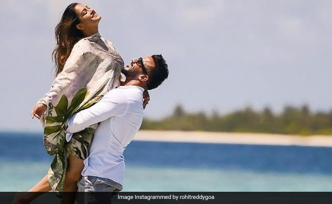 Anita Hassanandani And Rohit Reddy Share Postcards From Maldives
