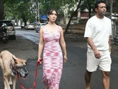 Viral: Kim Sharma And Leander Paes Spotted Strolling Together In Mumbai
