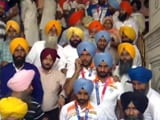 Video : Members Of Indian Hockey Team Offer Prayers At Golden Temple