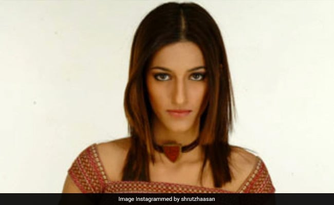Shruti Haasan's Throwback To Her 'First Ever Modelling Gig' At 17. Read Her Caption