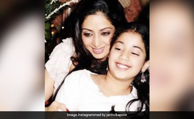 'Everything Is For You': Janhvi Kapoor Posts Childhood Memory Of Mom Sridevi On Her Birth Anniversary