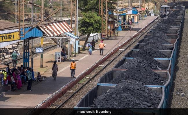 बिजली की बढ़ती मांग को पूरा करने के लिए कोल इंडिया ने आपूर्ति बढ़ाई
