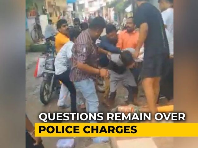 Video : As Bangle Seller In Mob Attack Video Faces Charges, Questions Over FIR