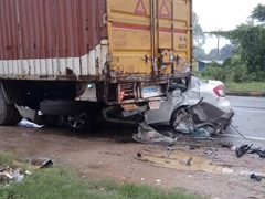 5 Of Family Killed As Car Rams Stationary Truck In UP, 1 Critical