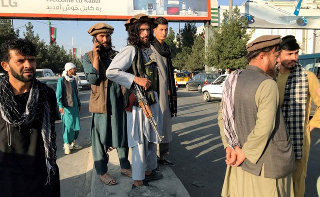 Taliban Says 'Hundreds' Of Fighters Heading For Holdout Afghan Valley