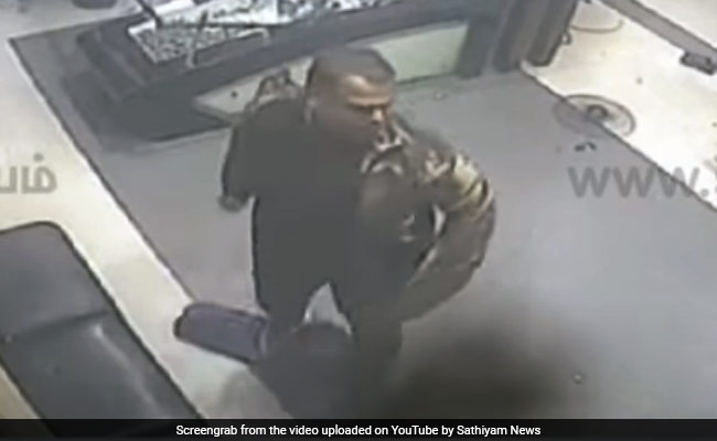 On Camera, Man Carrying Sword Vandalises TV Channel's Office In Chennai