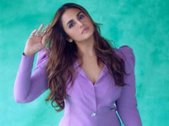 """""""My Plan Is To Do Some Interesting Work In The West,"""" Says Huma Qureshi"""