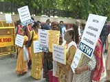 """Video : """"Protect Afghan Women"""": Hundreds Join In Protest In Delhi"""
