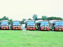 Daimler India Delivers 20 BharatBenz Buses For Intercity Application In Bihar