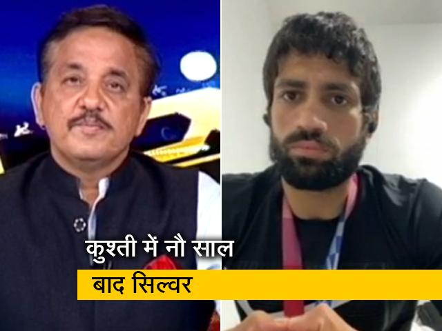 """Video : """"रजत पदक से खुश हूं लेकिन संतुष्ट नहीं"""", NDTV से बोले में पहलवान रवि दहिया"""