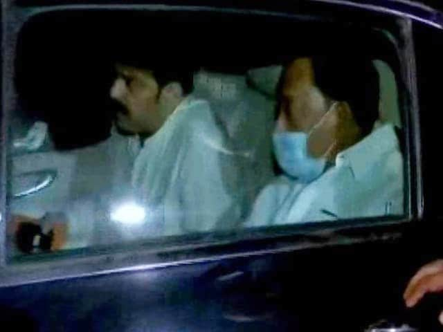 """Video : Minister Narayan Rane, Arrested For """"Slap Thackeray"""" Remark, Gets Bail"""
