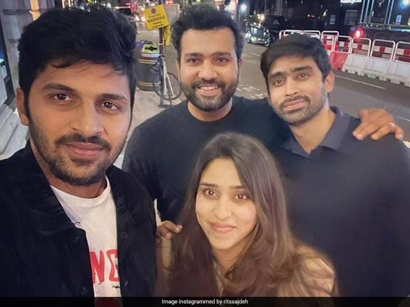 """Ritika Sajdeh Posts Selfie With Her """"3 Favourite Boys"""""""