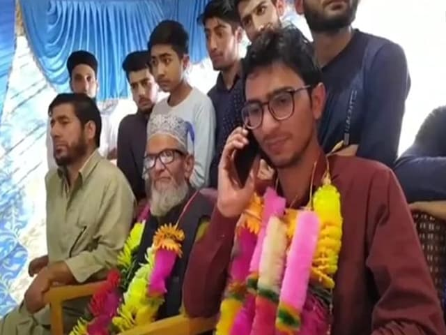 Video : J&K Farmer's Son Secures 2nd Rank In Indian Economic Services Exam