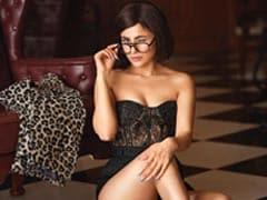 Girl On Fire: Trending Pics From Shehnaaz Gill's New Photoshoot