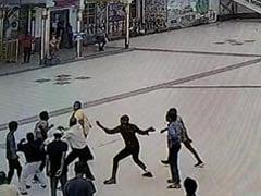 MP News: रतलाम में पार्किंग ठेकेदार और उसके गुर्गो ने ATS जवानों पर किया हमला, घटना CCTV में कैद