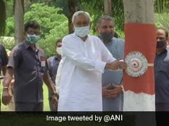 Nitish Kumar Ties Rakhis To Trees, Spreads Conservation Awareness