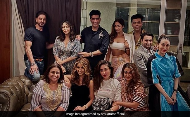 A 'Perfect Sunday Night' With Shah Rukh Khan-Gauri, Kareena-Karisma Kapoor, Malaika-Amrita Arora, The Poonawallas, Karan Johar And Manish Malhotra