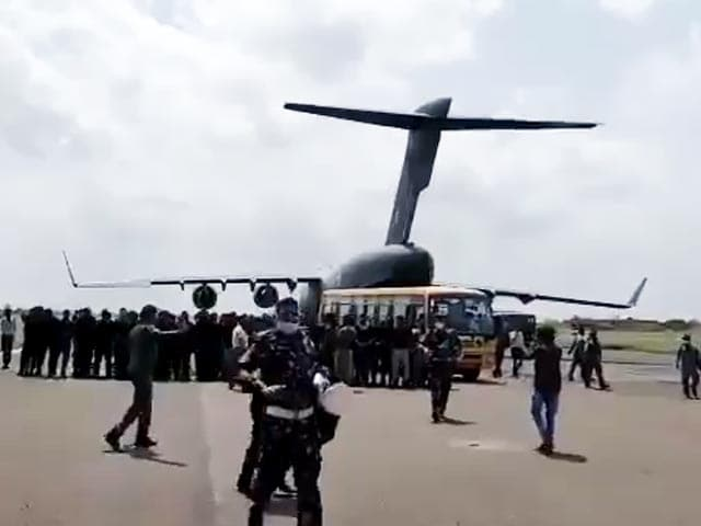 Video : Indian Embassy Staff Safely Evacuated From Kabul