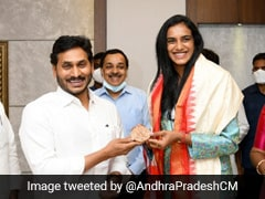 Andhra Chief Minister Felicitates Olympics Bronze Medal Winner PV Sindhu