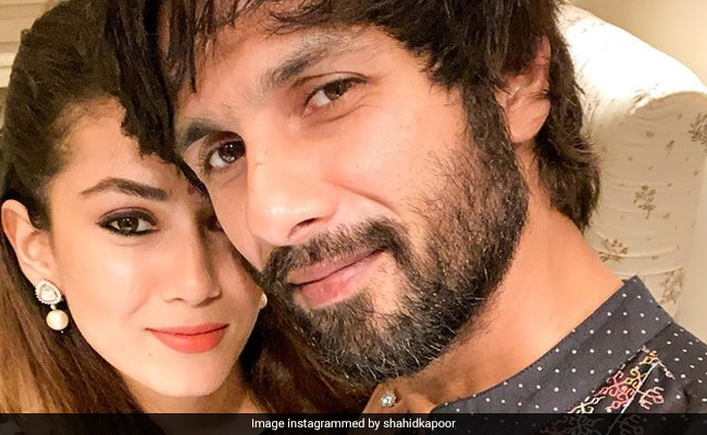 ICYDK: Shahid Kapoor Also Asks In-House Skincare Expert Mira Rajput For Help