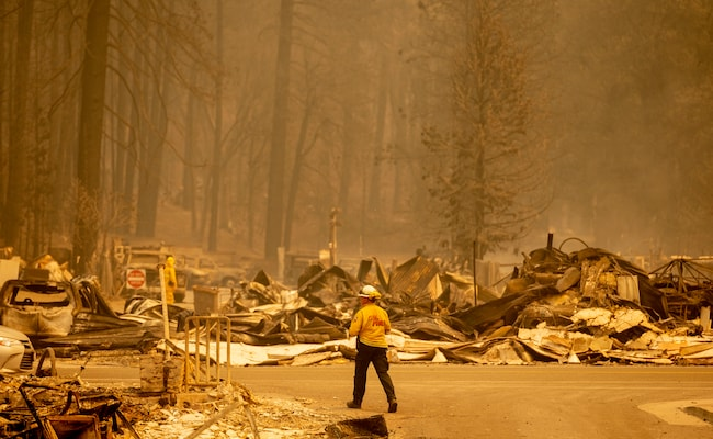 8 Reported Missing In Huge California Wildfire