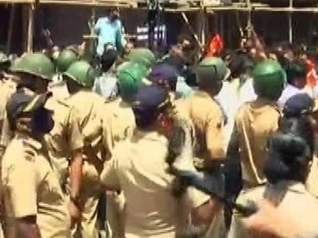 "Video : Union Minister's ""Slap Uddhav"" Remark Triggers BJP-Sena Clashes"